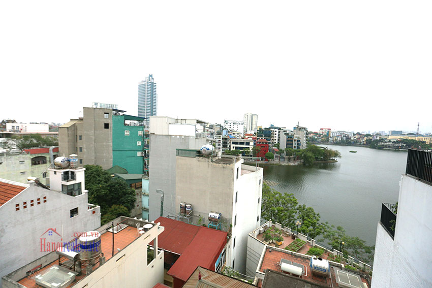 Lake view, ideal location, serviced apartment in Truc Bach. 8