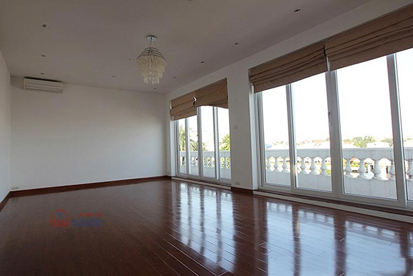 Charming Lake View house for rent in Nghi Tam, Tay Ho, Hanoi 37