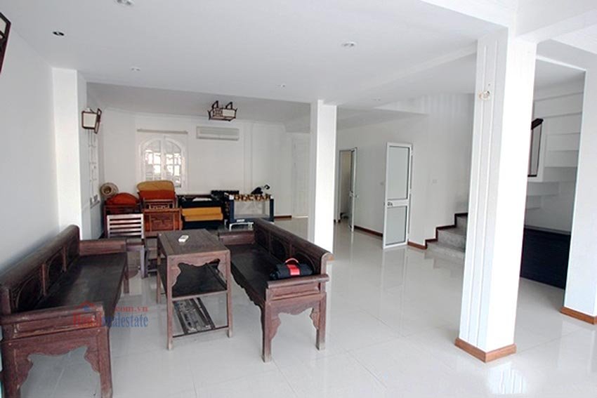 Charming Lake View house for rent in Nghi Tam, Tay Ho, Hanoi 9