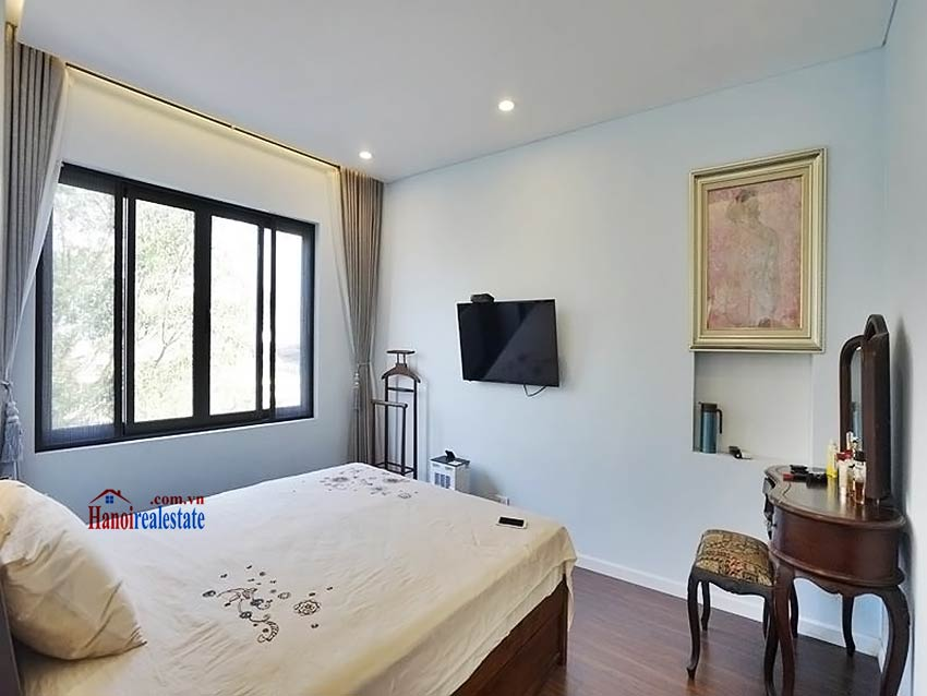 Lake view terrace – Duplex 2 bedroom penthouse to lease in Vong Thi, Tay Ho 16