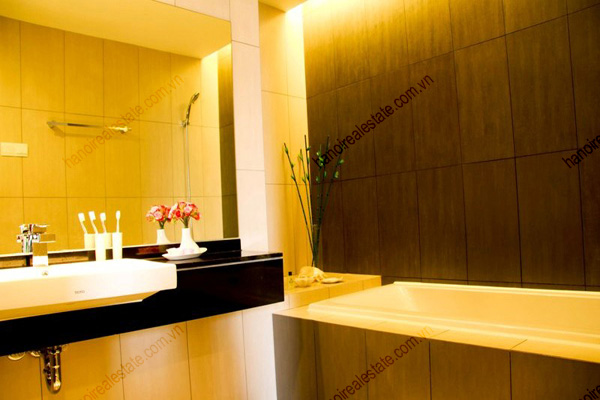 Lancaster Hanoi, Serviced apartments for rentals in Ba Dinh with luxury bathroom