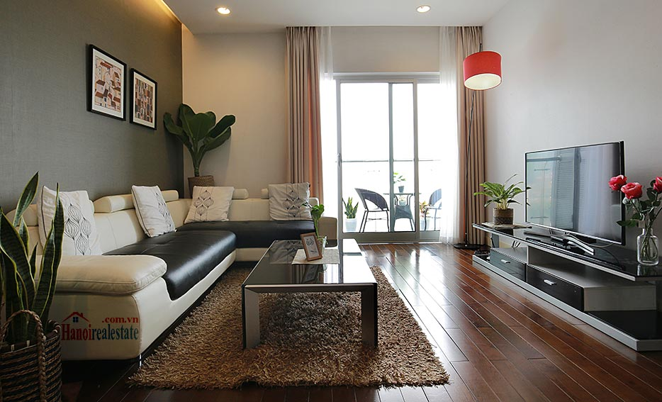Lancaster: Luxurious 03BRs apartment with Giang Vo lake view 1
