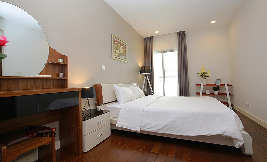 Lancaster: Luxurious 03BRs apartment with Giang Vo lake view 10