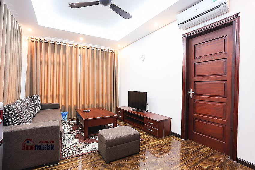 Lovely 01BR apartment at Hoang Quoc Viet, balcony 1