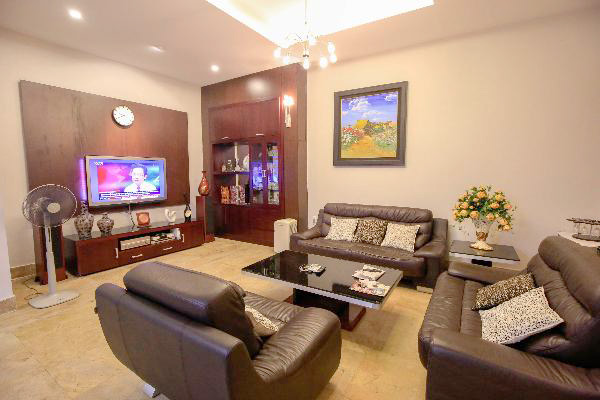 Lovely house, good location for rent in Ba Dinh district