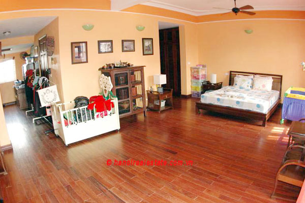 Lovely & Spacious House with swimming pool & car for rent in Tay Ho 3