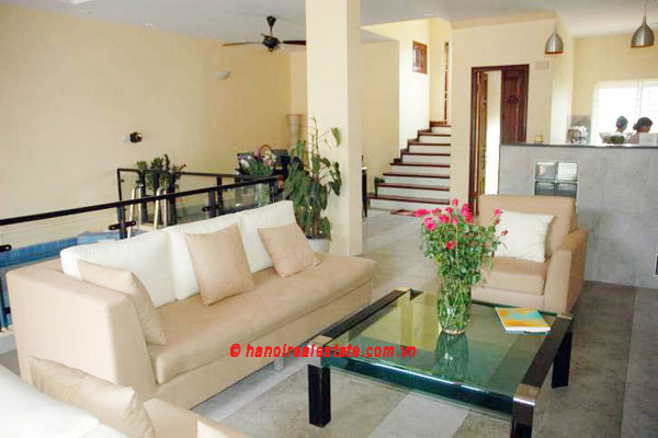 Lovely & Spacious House with swimming pool & car for rent in Tay Ho 4