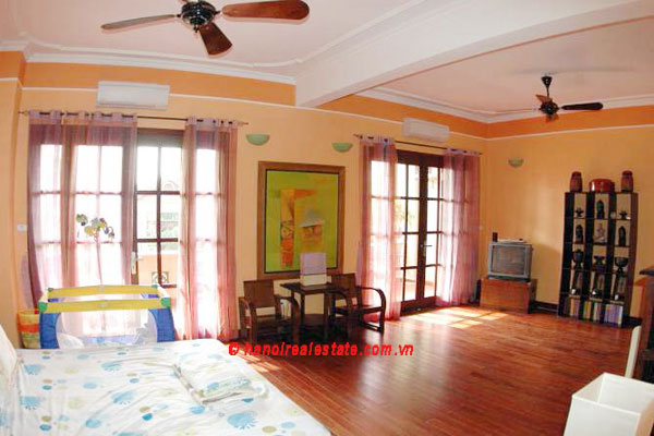 Lovely & Spacious House with swimming pool & car for rent in Tay Ho 8