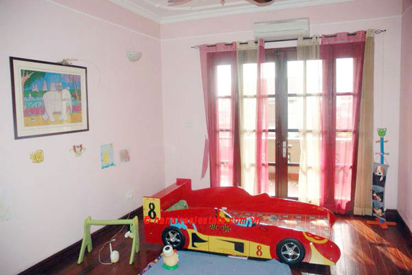 Lovely & Spacious House with swimming pool & car for rent in Tay Ho 11
