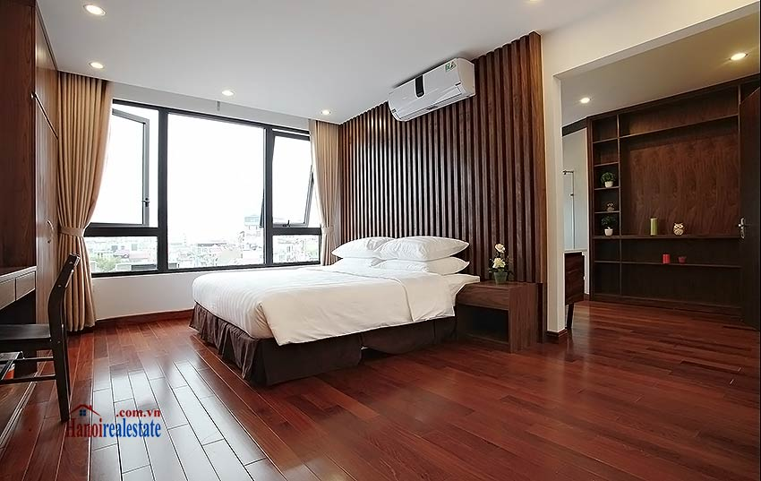 Luxurious 03br apartment in Cau Giay, close to Somerset Hoa Binh 15