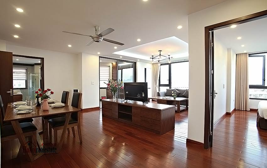 Luxurious 03br apartment in Cau Giay, close to Somerset Hoa Binh 2