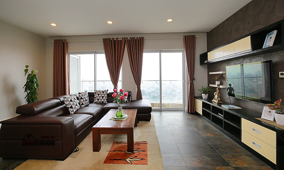 Luxurious City view apartment in Golden Westlake, free gym and pool 2