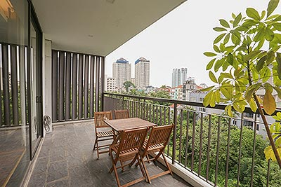 Luxury 3BR Serviced Apartment in Tay Ho, large balcony, Swimming pool