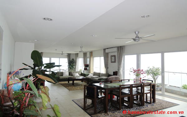 Luxury 4 bedrooms apartment for lease with panoramic West Lake views at Golden-Westlake 2