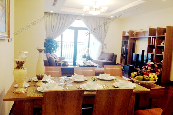 Luxury furnished apartment at Royal City Hanoi for rent, 3 bedrooms 1