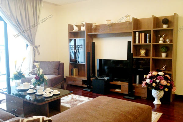 Luxury furnished apartment at Royal City Hanoi for rent, 3 bedrooms 3