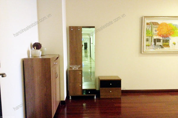 Luxury furnished apartment at Royal City Hanoi for rent, 3 bedrooms 4