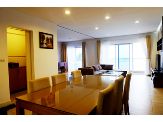 Luxury furnished apartment overlooking West Lake, 2 bedrooms