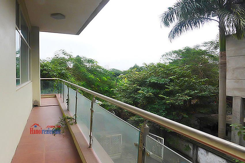 Luxury Modern villa with Large rooftop Terrace over looking Hanoi West Lake 24