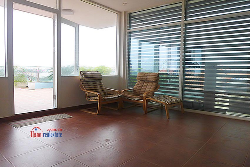 Luxury Modern villa with Large rooftop Terrace over looking Hanoi West Lake 42