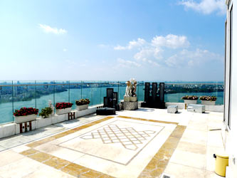 Luxury spacious penthouse with large terrace on top floor Golden Westlake