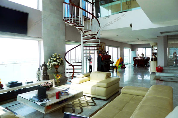 Luxury spacious penthouse with large terrace on top floor Golden Westlake 8