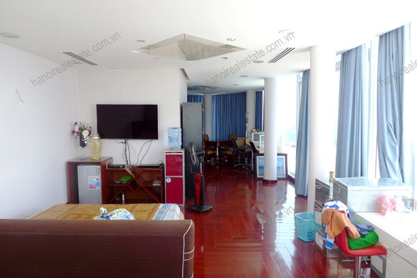 Luxury spacious penthouse with large terrace on top floor Golden Westlake 20