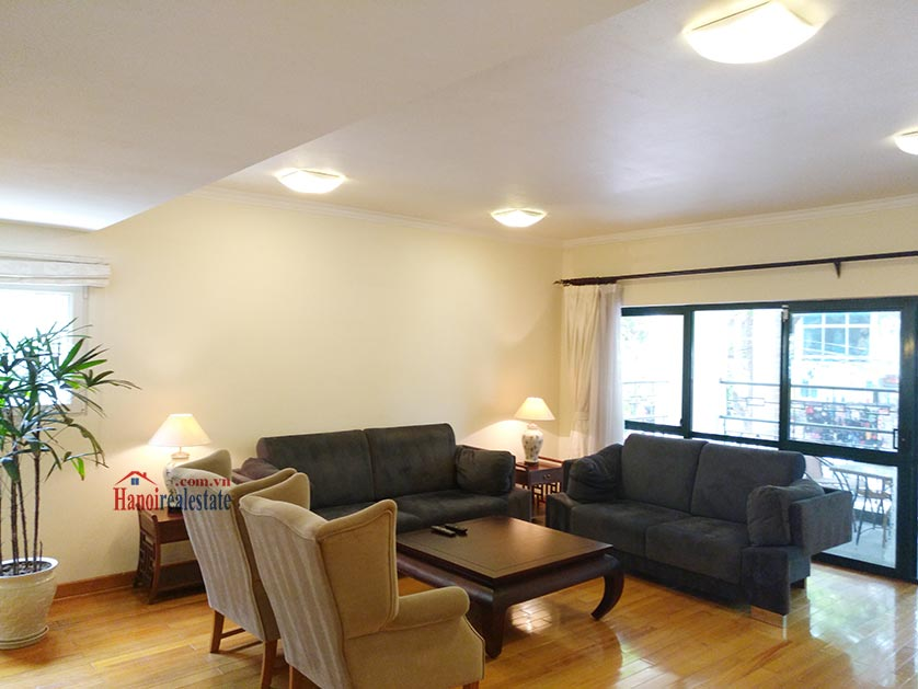 Mayfair: Bright 03BRs duplex serviced apartment, gym and swimming pool 1
