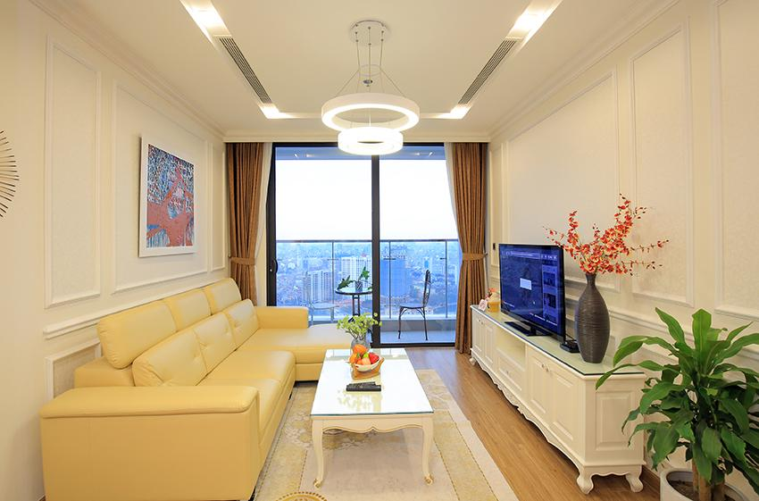 Metropolis: Glamorous 03BRs apartment with pricey view of City