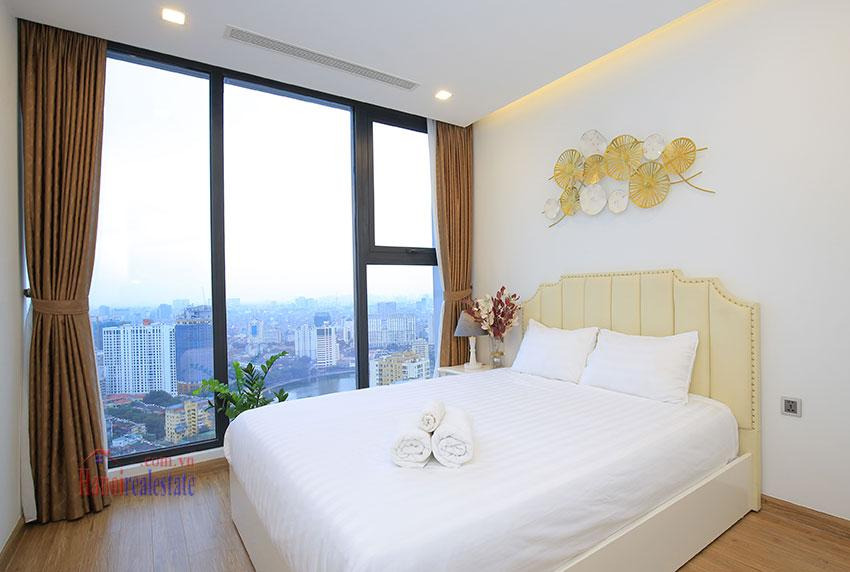 Metropolis: Glamorous 03BRs apartment with pricey view of City 18