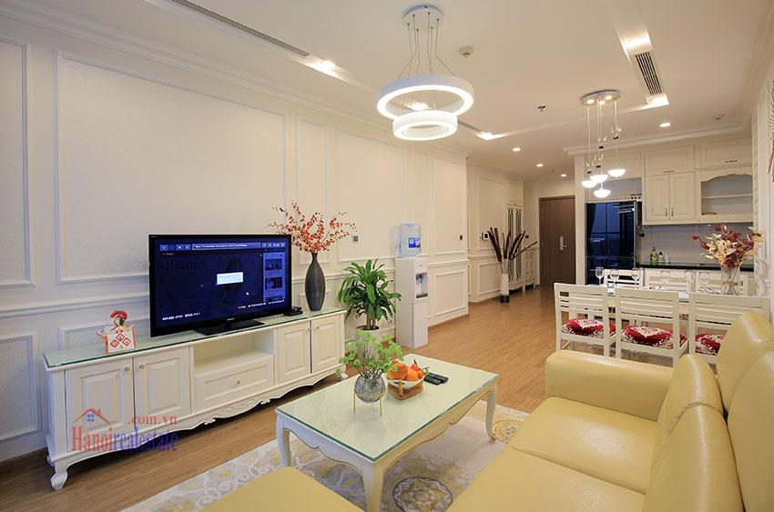 Metropolis: Glamorous 03BRs apartment with pricey view of City 5
