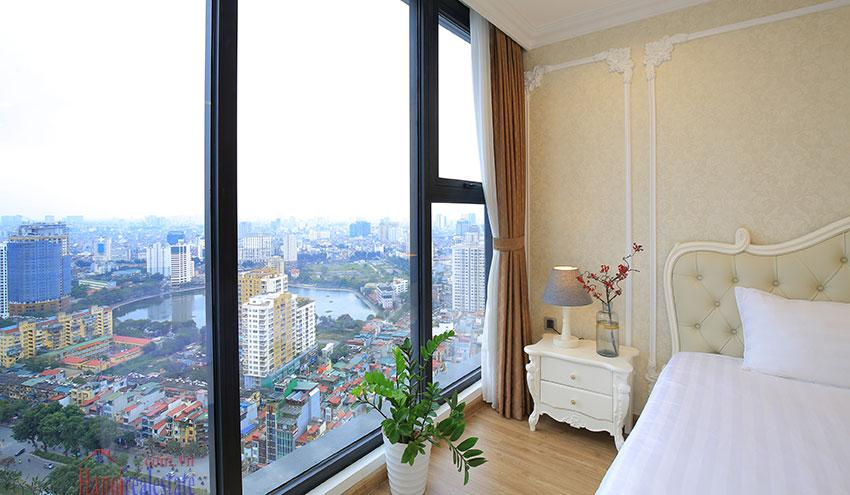 Metropolis: Glamorous 03BRs apartment with pricey view of City 9