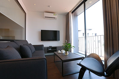 Modern 01BR apartment on Tay Ho Rd, with balcony and brand new