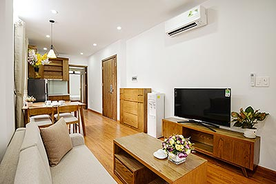 Modern 02BRs apartment on Linh Lang, reasonable price