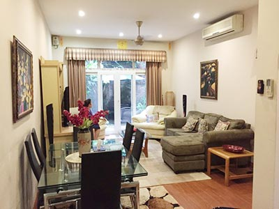 Modern 03BRs house for rent in Hai Ba Trung with terrace and furnished