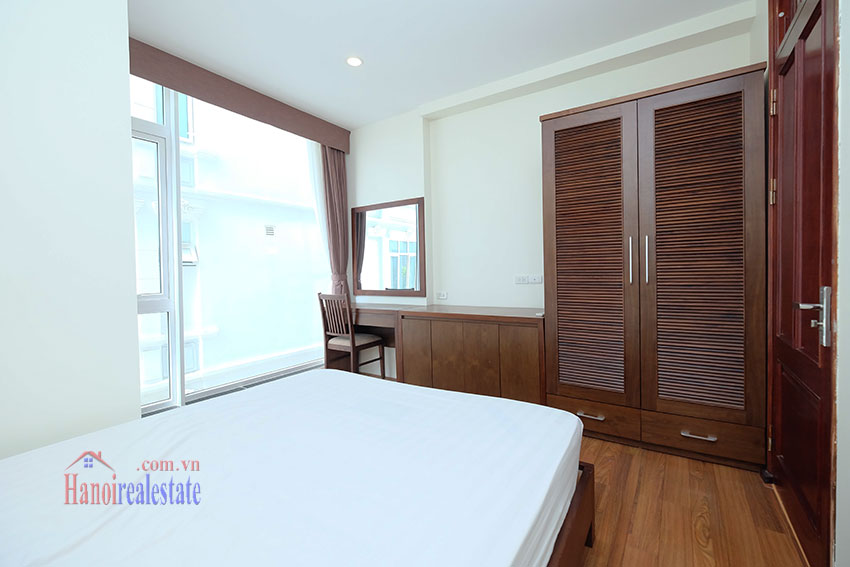 Modern 2-bedroom apartment to rent in the heart of Hoan Kiem 14