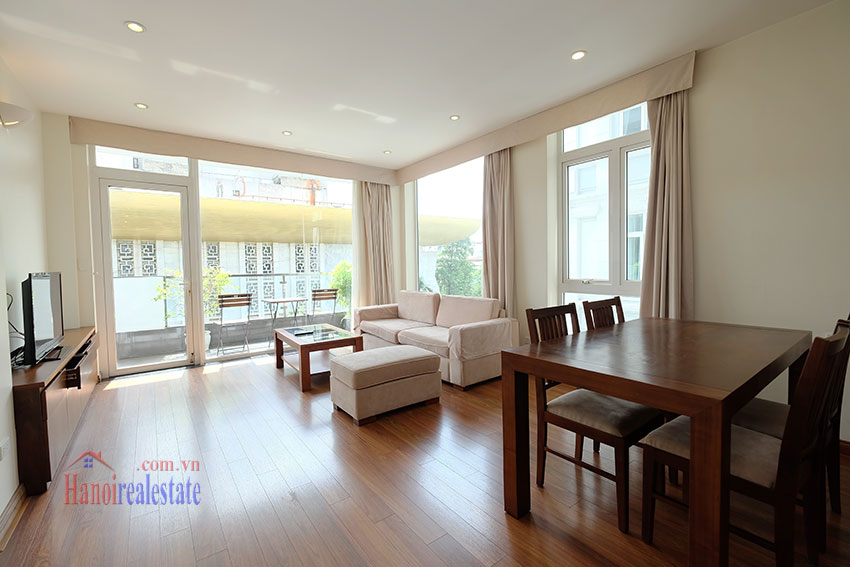 Modern 2-bedroom apartment to rent in the heart of Hoan Kiem 2