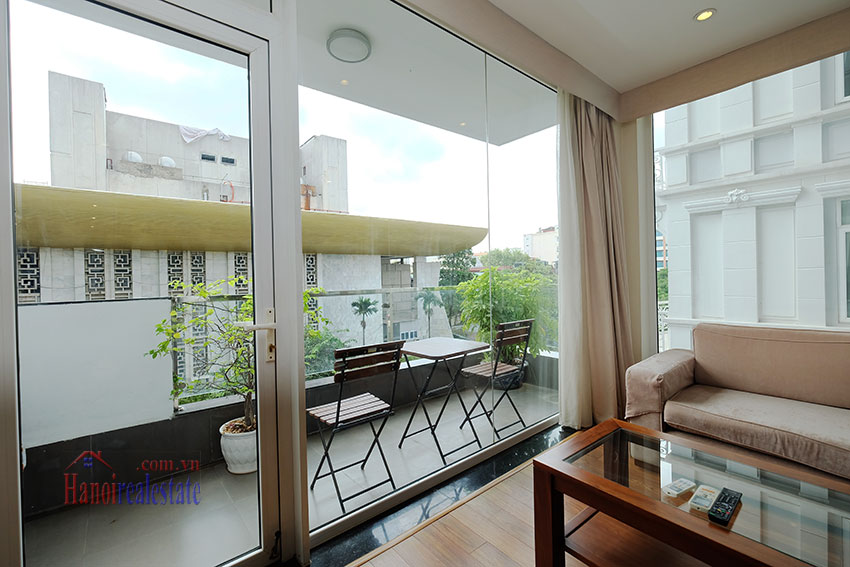 Modern 2-bedroom apartment to rent in the heart of Hoan Kiem 3