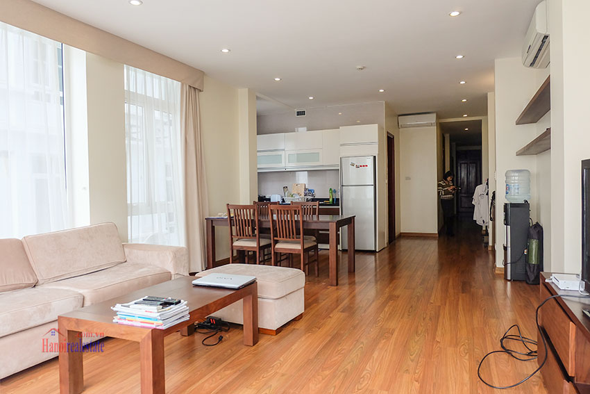 Modern 2-bedroom apartment with balcony in Hoan Kiem 8