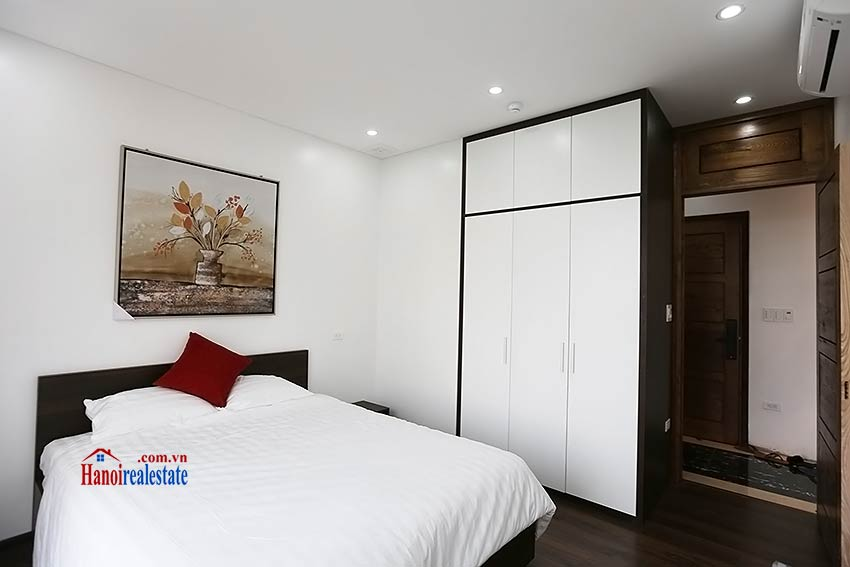 Modern 3-bedroom apartment to rent in Tay Ho with balcony & fully furnished 15