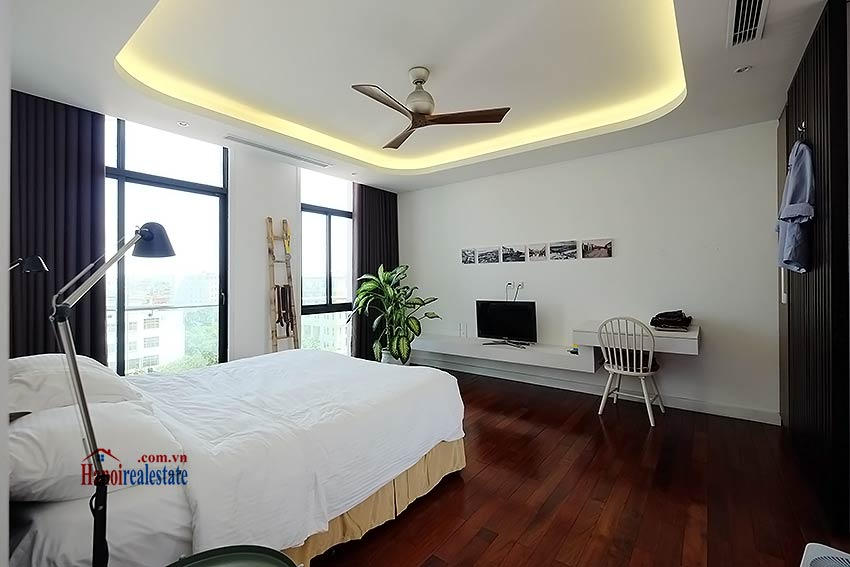 Modern 3-bedroom duplex apartment to rent on Ly Nam De, Hoan Kiem 13