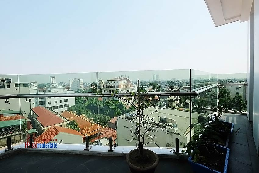 Modern 3-bedroom duplex apartment to rent on Ly Nam De, Hoan Kiem 18