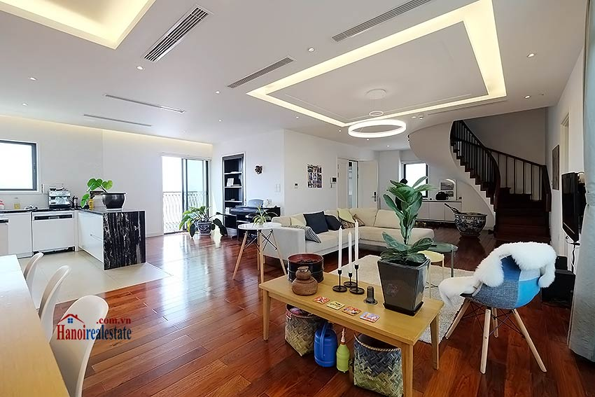 Modern 3-bedroom duplex apartment to rent on Ly Nam De, Hoan Kiem 2