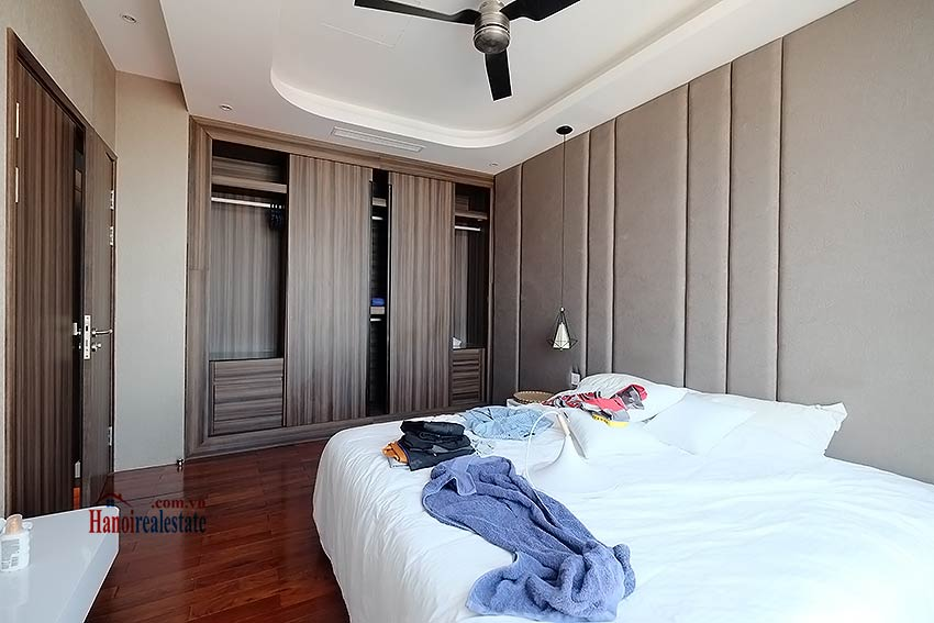 Modern 3-bedroom duplex apartment to rent on Ly Nam De, Hoan Kiem 20