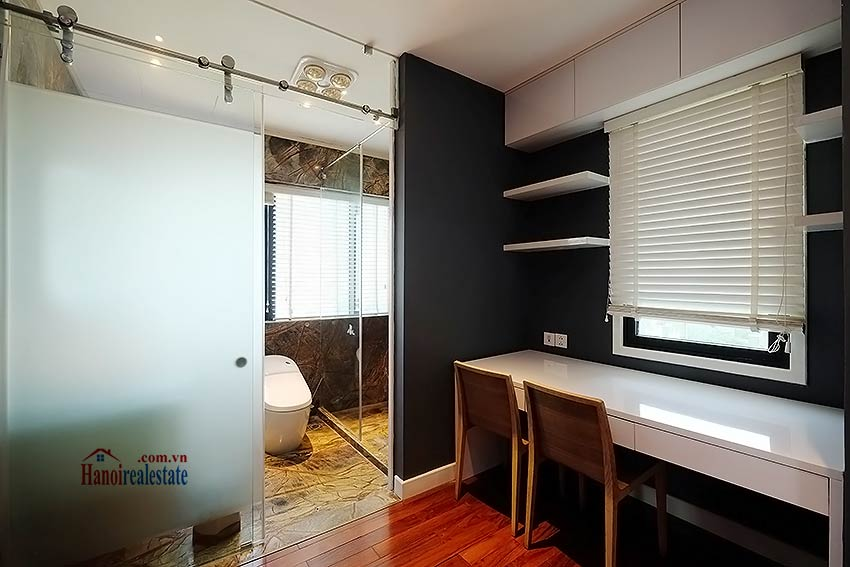 Modern 3-bedroom duplex apartment to rent on Ly Nam De, Hoan Kiem 22
