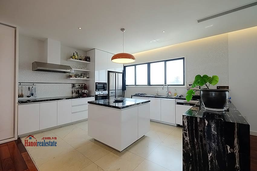 Modern 3-bedroom duplex apartment to rent on Ly Nam De, Hoan Kiem 7