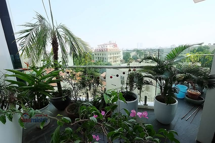 Modern 3-bedroom duplex apartment to rent on Ly Nam De, Hoan Kiem 8