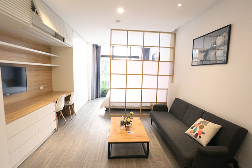 Modern and furnished studio apartment for rent at Thuy Khue, Tay Ho