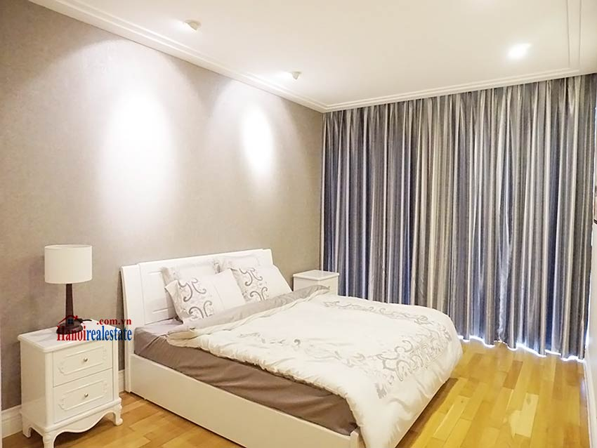 Modern apartment to let in Hoang Thanh Tower, Hai Ba Trung, Hanoi 12