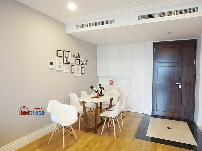 Modern apartment to let in Hoang Thanh Tower, Hai Ba Trung, Hanoi 5